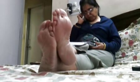 Appealing lady in bed show asian x video vagina