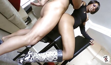 Black men use their hands to knock in the vagina housekeeper has red asian bbw porn nails and put the units in which