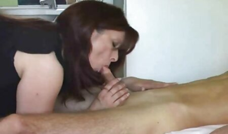 Housewife with jeans in the kitchen with a young neighbor asian sex hd in an apartment