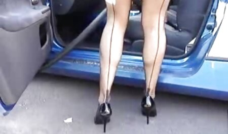Sexy woman in a dress, lingerie asian street porn and he can't pose in front of men
