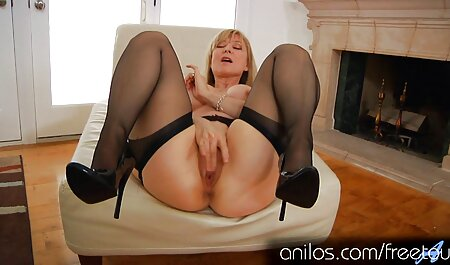 A friend fucks asian cuckold a blonde with big thighs in leggings blue in her vagina